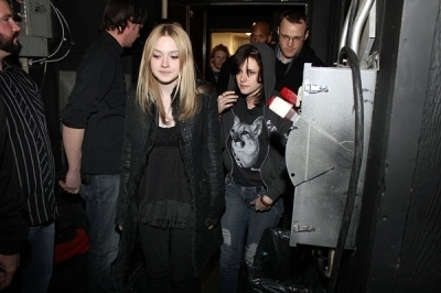 Kristen & Dakota at the Joan Jett's konser