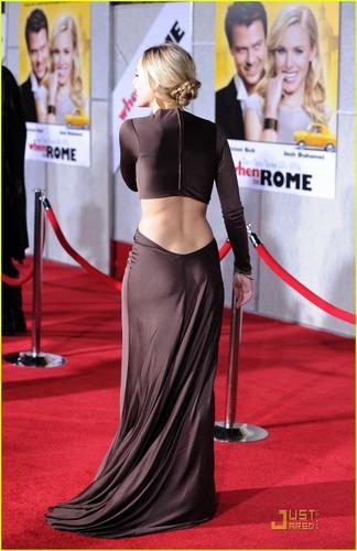 Kristen @ When in Rome premiere