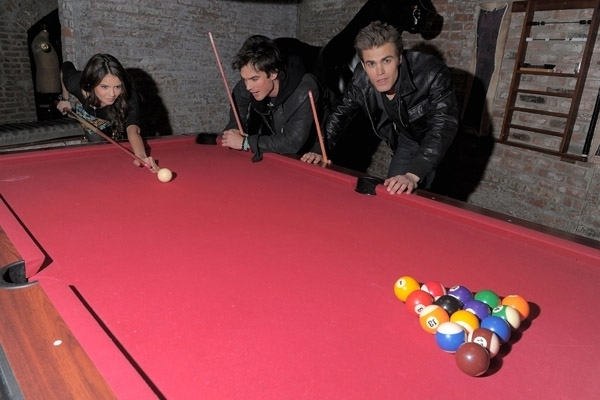 http://images2.fanpop.com/image/photos/10100000/Nina-Ian-Paul-the-vampire-diaries-tv-show-10190373-600-400.jpg