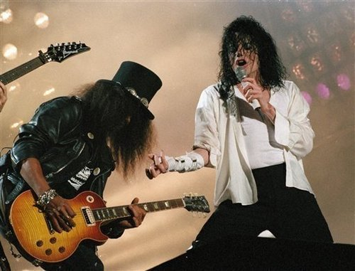 Performing Black یا White, with the rock-legend Slash