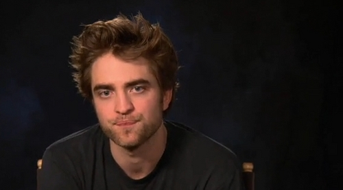 Robert Pattinson Screencaps from Remember Me fan Q&A
