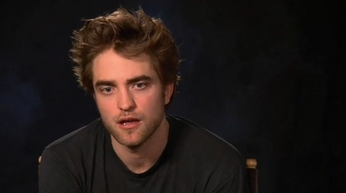 Robert Pattinson Screencaps from Remember Me tagahanga Q&A