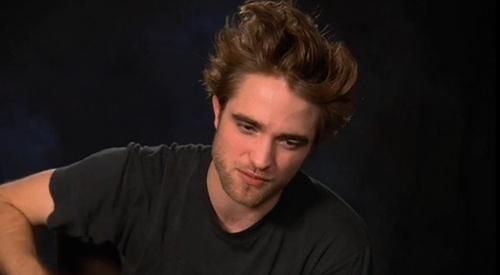 Robert Pattinson Screencaps from Remember Me ファン Q&A
