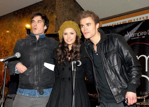 Vampire Diaries Cast Tour