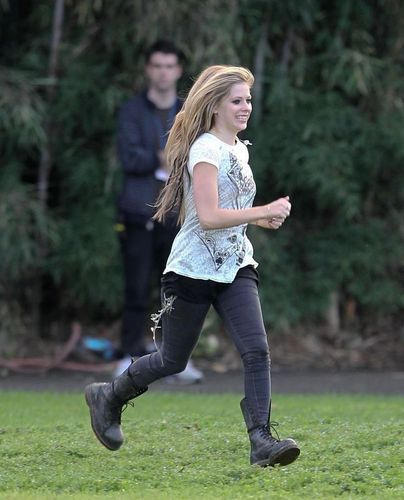 avril lavigne On the set of Alice