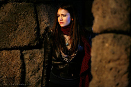 http://images2.fanpop.com/image/photos/10100000/fool-me-once-1x14-the-vampire-diaries-tv-show-10132107-500-333.jpg