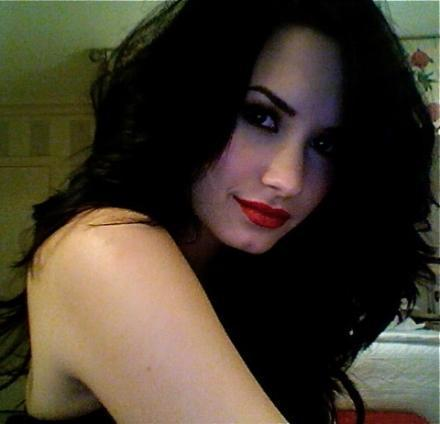 sexy demi?? - demi-lovato Photo