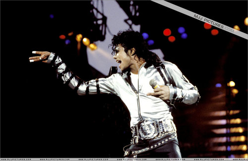 Bad tour :D michaaeellll !!