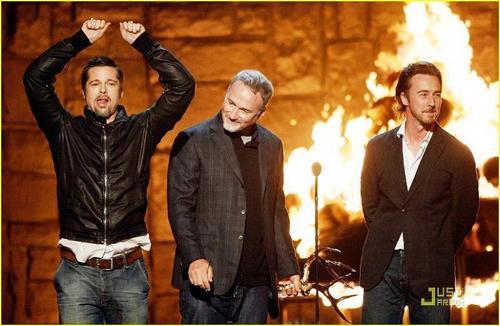Brad Pitt Spke Tv's Guys Choice Award 09