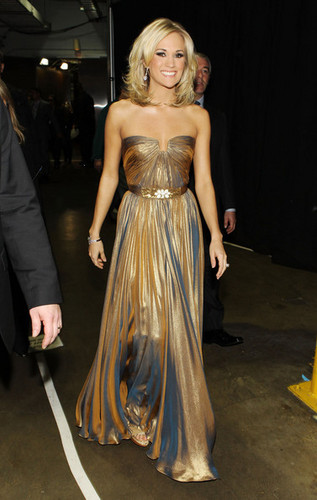 Carrie Grammys Back Stage