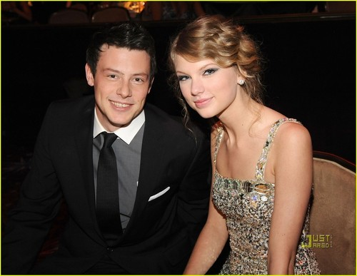 Cory and Taylor تیز رو, سوئفٹ @ Pre Grammys Party