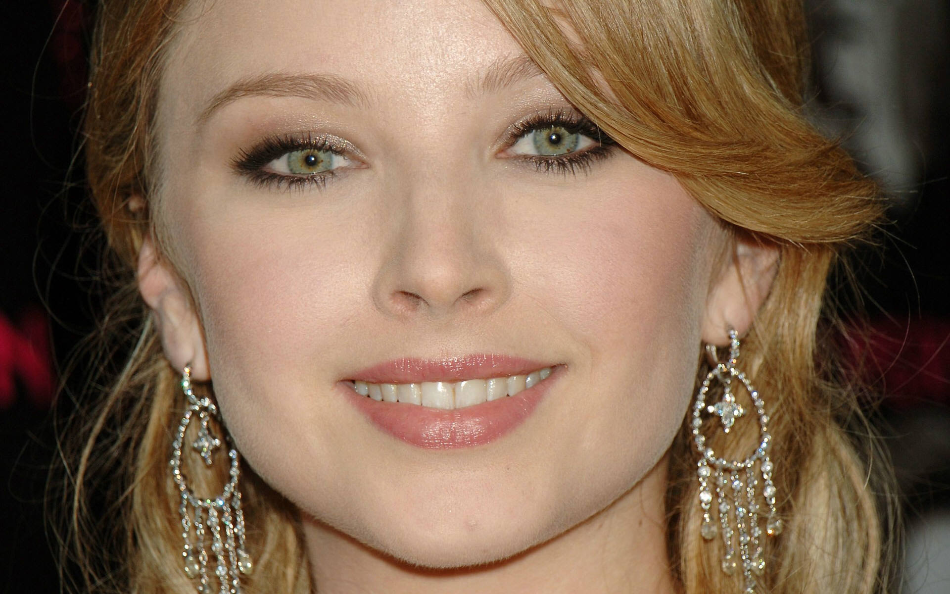 Elisabeth Harnois - Gallery Photo