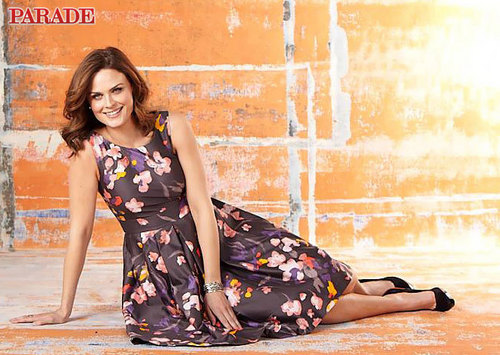 Emily Deschanel foto in Parade magazine