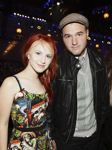 Paramore wallpaper titled Hayley Williams & Chad Gilbert