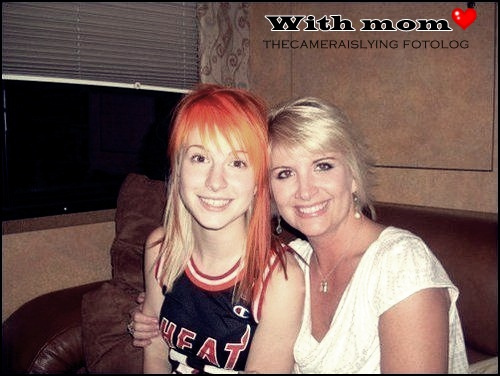 Hayley williams mom