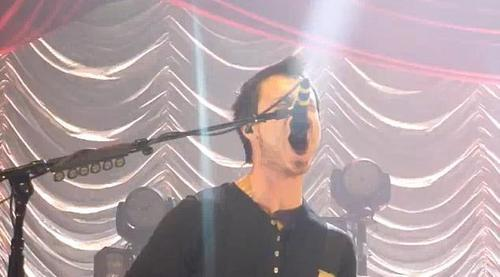 Josh's Screamo - My moyo (Wembley Arena 2009)