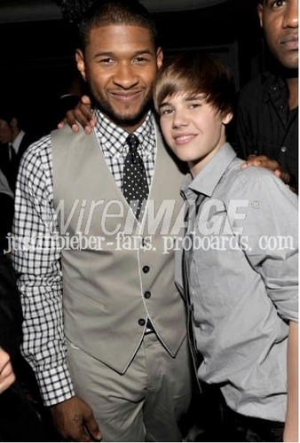 Justin Bieber & Usher at The Grammys
