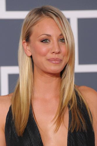 빅뱅이론 바탕화면 titled Kaley Cuoco - Grammy Awards 2010