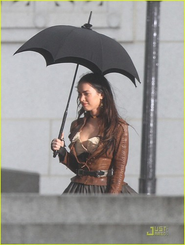 "Megan on set ""Jonah Hex"""