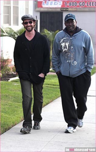 Noah Wyle & Deezer D