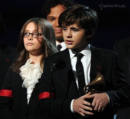 Paris, Prince and Blanket - Grammy 2010