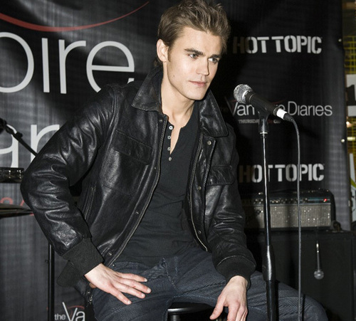 Paul Wesley wallpaper entitled Paul