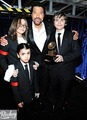 Prince, Paris and Blanket - Grammy 2010  - michael-jackson photo