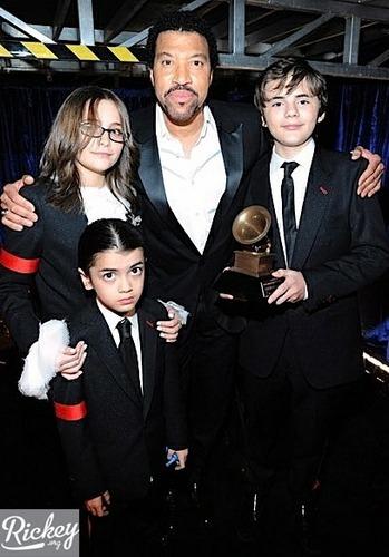 Prince, Paris and Blanket - Grammy 2010