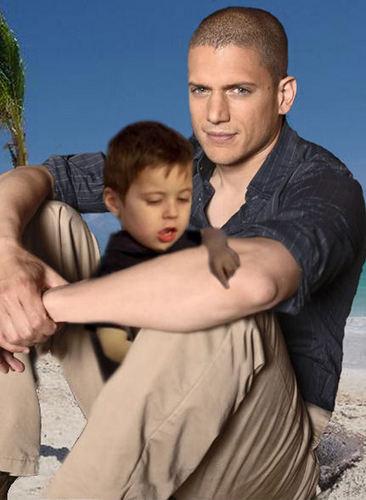 Prison Break - Michael Scofield and little MJ