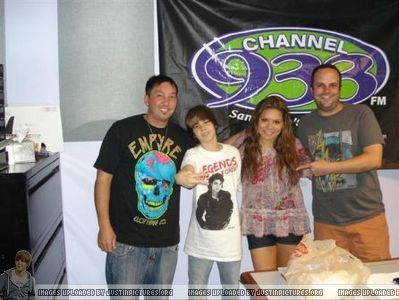 Radio Stations > 2009 > June 2009 - Channel 93.3