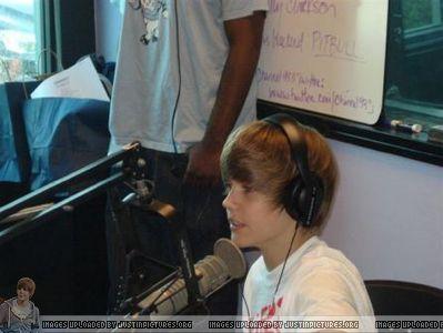 Radio Stations > 2009 > June 2009 - Channel 93.3