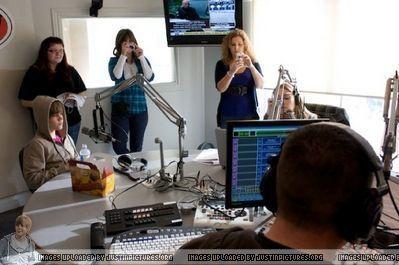 Radio Stations > 2009 > November 2009 - Z103.5