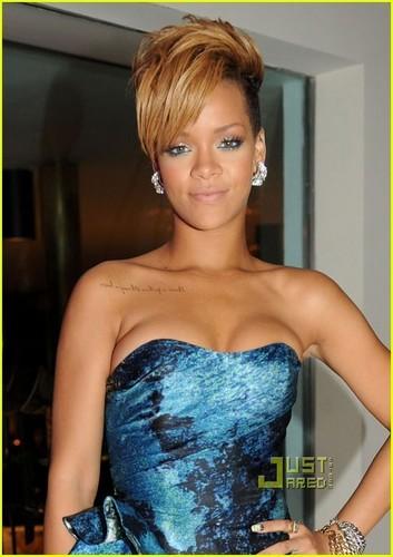 Rihanna: Christian Siriano Sexy