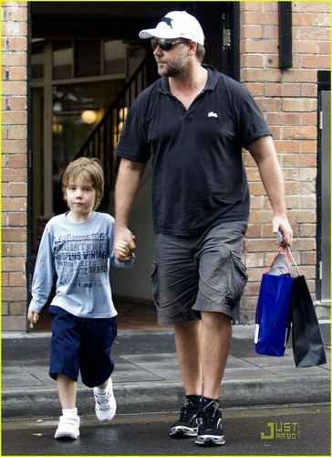 Russell Crowe: Father & Son Bonding
