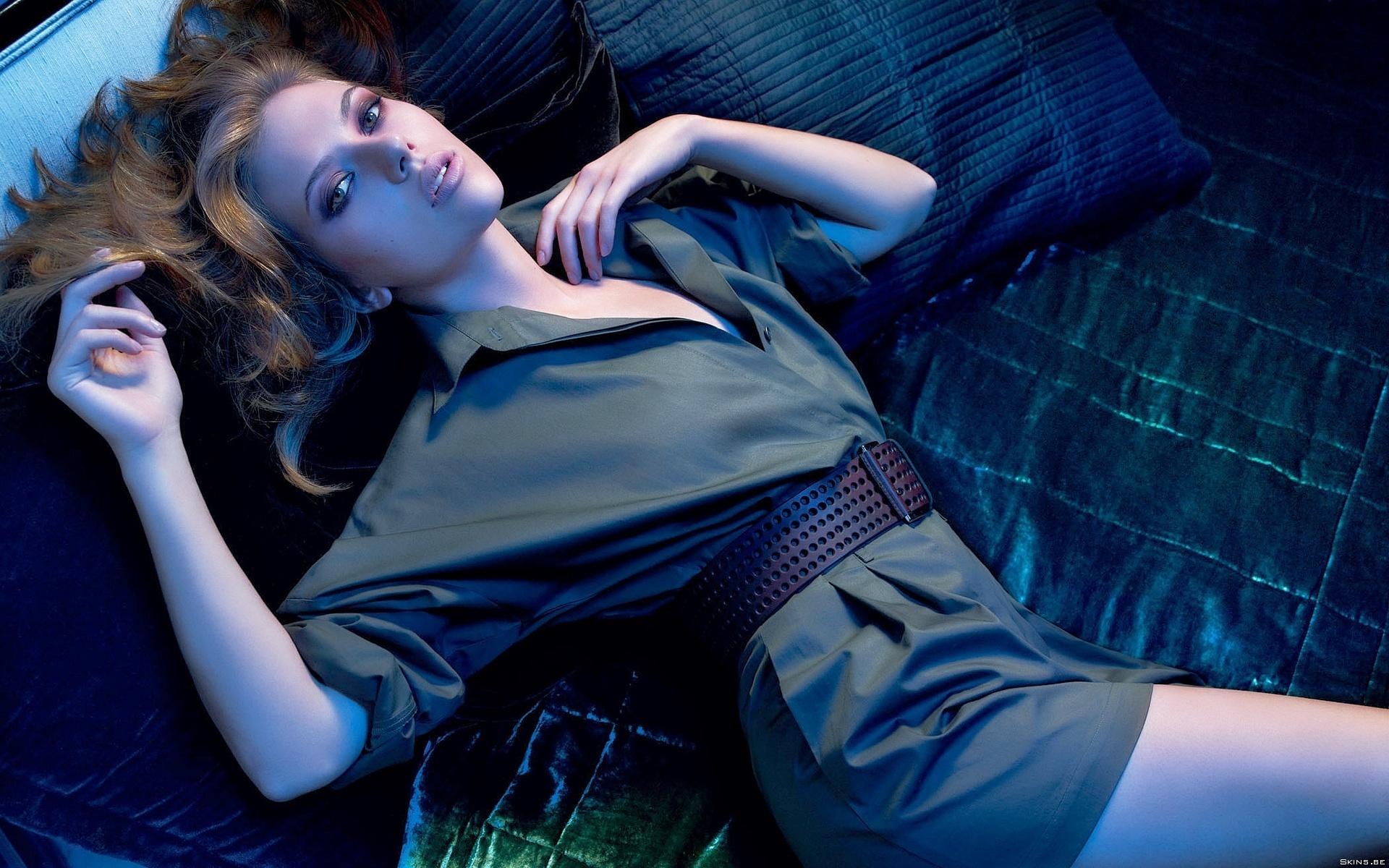 Scarlett Johansson Widescreen Wallpaper