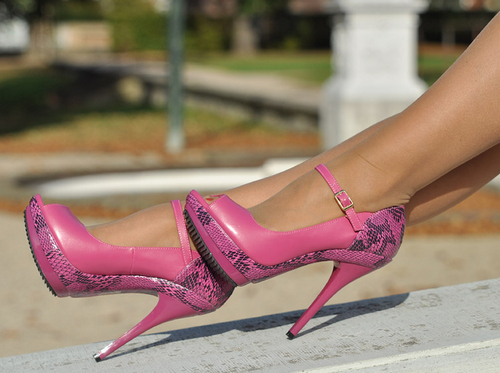 Women's Shoes wallpaper entitled Sexy High Heels