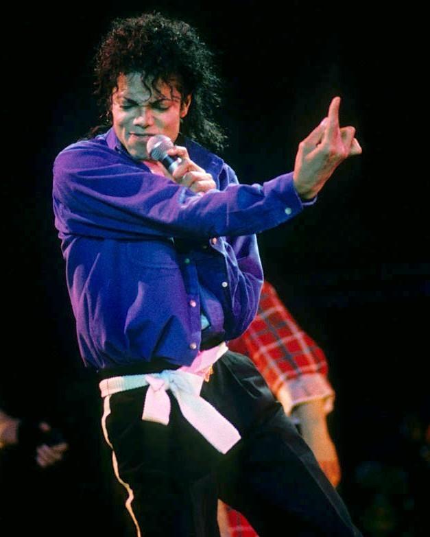 The Way He Makes Me Feel (: