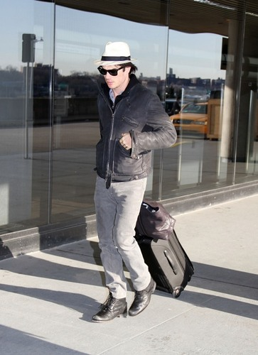 ian somerhalder- New York City Laguardia airport (1/2/10)