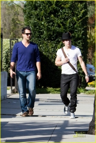 Out in Sherman Oaks, CA. 12.02.10
