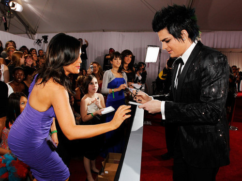 Adam Grammys Red Carpet!