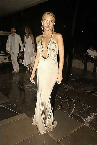 http://images2.fanpop.com/image/photos/10300000/Angelique-angelique-boyer-10370281-334-500.jpg