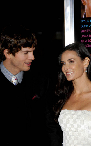 Ashton Kutcher and Demi Moore at the 'Valentine's Day' premiere