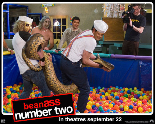 Mr. bohne Hintergrund entitled Beanass The Movie Number Two
