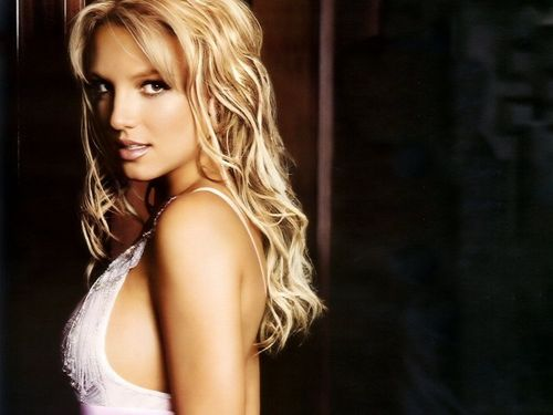 Beautiful Britney 壁纸