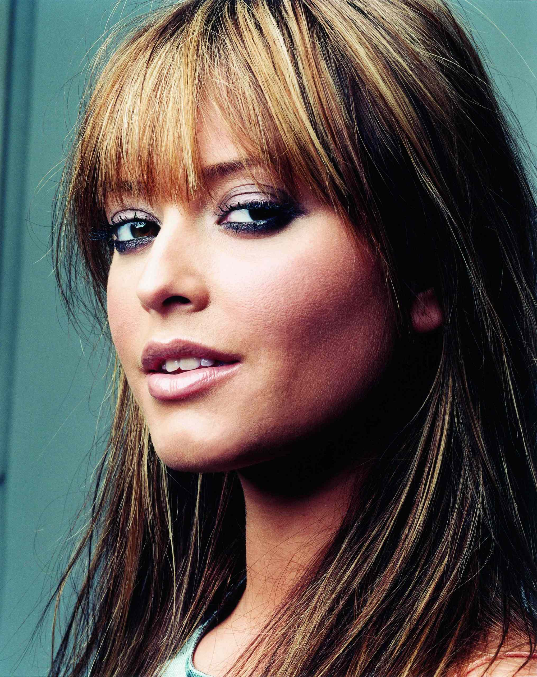 Holly Valance Images Beauty Holly Hd Wallpaper And