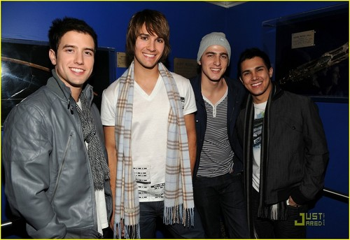 Big Time Rush- Peace Planet 2