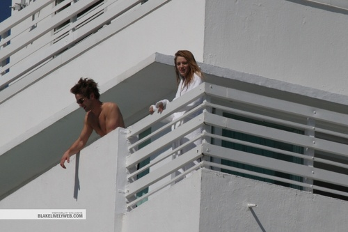 Blake and Chace at the balcony of Fontainebleau Hotel