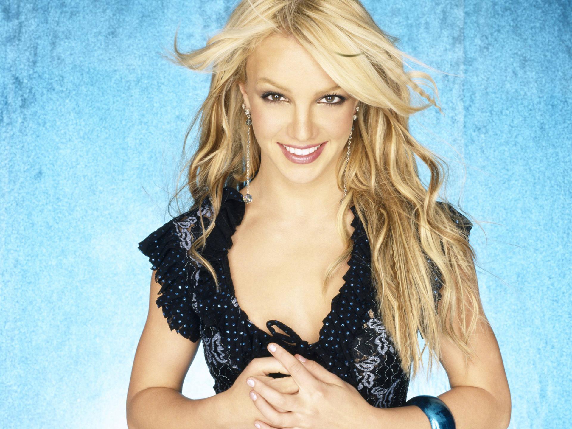 Britney Pretty Dress Wallpaper