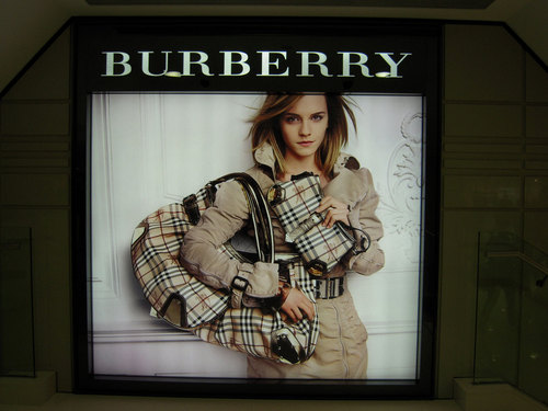 Burberry stores hong kong