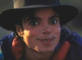 CUTE MIKE JACKSON FUNNY FACE :D <3 - michael-jackson photo